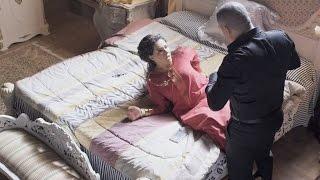 مشهد إعتداء عبدالله لـ عائشة بعد خيانتها له مع صالح العطار .. #الأب_الروحي