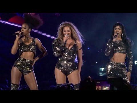 Xxx Mp4 Beyonce Narrowly Misses Wardrobe Malfunction At Coachella 3gp Sex