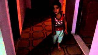 Andre Neto De 2 Anos Cantando Luan Santana - Amar Não é Pecado
