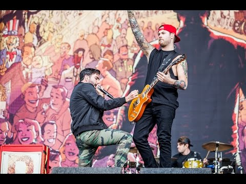 A Day To Remember  Live 2014 Reading festival