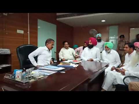 Xxx Mp4 Simranjeet Singh Bains With Krishan Kumar In Office 3gp Sex