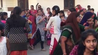gujarati  hina dance nonstop gujarati garba lili lebadi re varghodo mp3 mp4 video