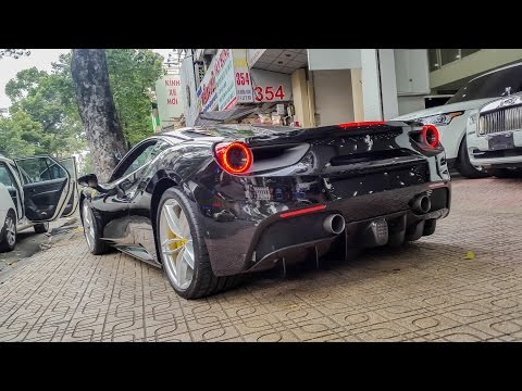 Xxx Mp4 Vất Vả Lùi Ferrari 488 GTB đen Vào Showroom XSX 3gp Sex