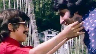 Amitabh Bachchan, Do Anjaane - Scene 24/31