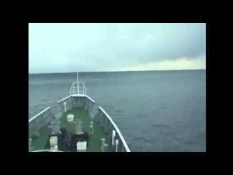 Japonyada Tusunamiye Denizde Yakalanan Gemi