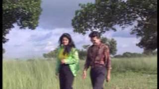 adnan babu song -dur theke dure....duet song with film actress Moushumi