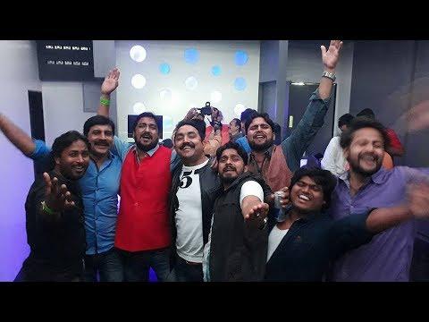 Xxx Mp4 भोजपुरी के खलनायकों की पार्टी देखिये तस्वीरें Antiheroes Of Bhojpuri Cinema Party Pics 3gp Sex
