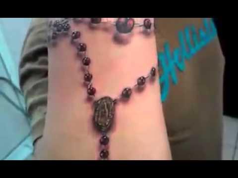 El mejor tatuaje de rosario en 3D