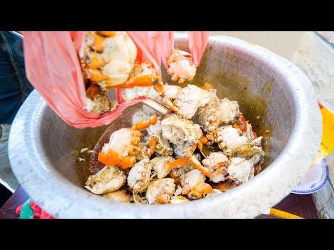 Seafood in Pakistan CRAB CLAW Lollipops Fish Market in Karachi Pakistan Pakistani Food Tour