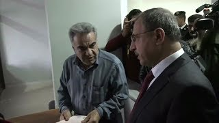 بي_بي_سي_ترندينغ | رشوة أم لا؟ وزير الداخلية في #سوريا يثير جدلا حول الفساد