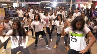 DFi_LEAD_Flash mob @ Urban Oasis mal