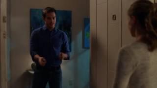 Supergirl 2x13 - Kara & Mon-El Kiss