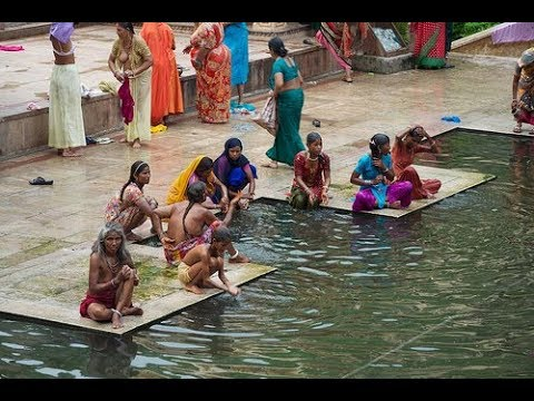 Monkey Temple, Galta ji Ghat, Open Bath in Galta ji Ghat, Jaipur rajasthan India. Holy bath in Galta