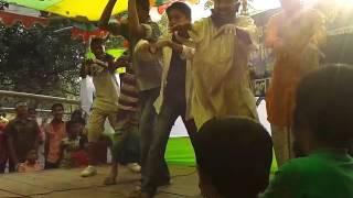 BD funny dance.........Kala kawya vat khay na.......Renaissa Ideal school