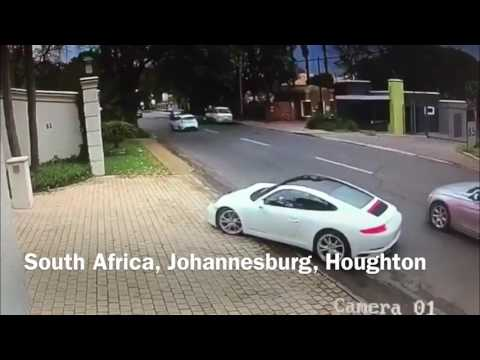 Over in seconds - Quick thinking Porsche driver outwits an armed hijacker -Johannesburg,South Africa