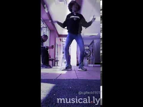 Pretty little girl can dance