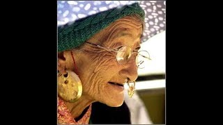 Kutchi Village Aunty Funny Videos Pranks 2018 Funny Laddy talk with Indain PM Try Not To Luogh