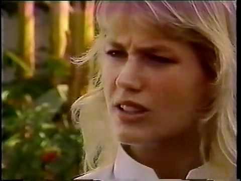 Xuxa responde pergunta sobre pacto com diabo em músicas revertidas.