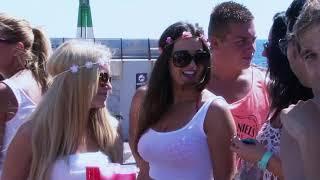 Benidorm -  fiesta en el barco -