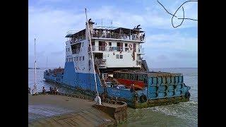 Paturia Ferry Ghat | Padma River of Bangladesh | TourTripFun