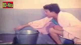 মৌসুমীর গোসলের দৃশ্য ! Moushumi Bathroom Scene