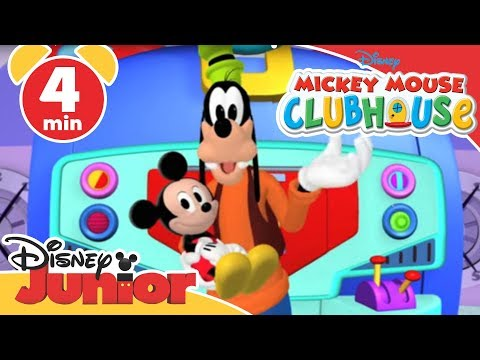 Mickey Mouse Clubhouse Goofy Babysitter