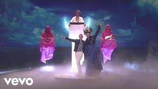 Empire Of The Sun - Walking on a Dream (Live on Ellen)