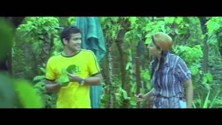 Diganth, Neethu Romantic Scene - GaaliPata Movie Scenes