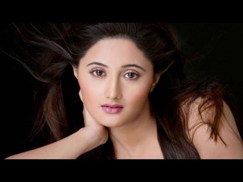 Wild Card Entry Rashmi Desai To Add Desi Glamour in Big Boss 8 - Bollywood News