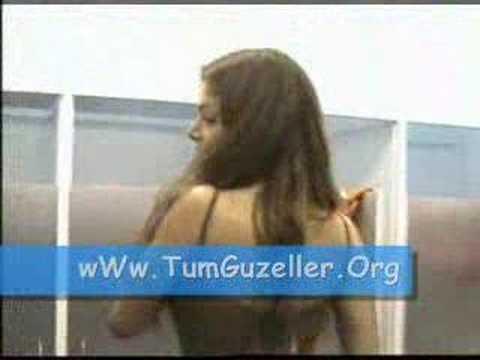 Sevda Demirel Soyunma Kabinnde Bomba Frikik Tumguzeller.Org