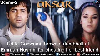 Udita Goswami Throws a Dumbell at Emraan Hashmi (Aksar)