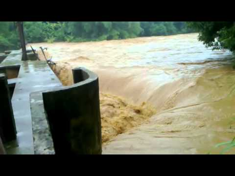 Tromba D agua Antes Depois Baixo Guandu ES 12 30 2010