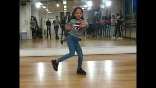 Petit afro dance official