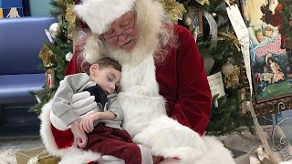 2-Year-Old Hospice Patient Dies After Sitting on Santa's Lap One Last Time