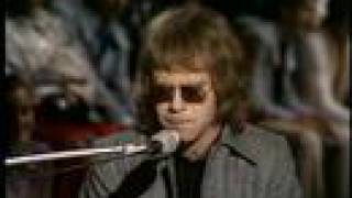 Elton John - Border Song