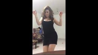 مسخرة السنين لا يفوتك اروع رقص منزلى سااااخن وحركات جنسية مثيرة جداااا - جديد - youtube