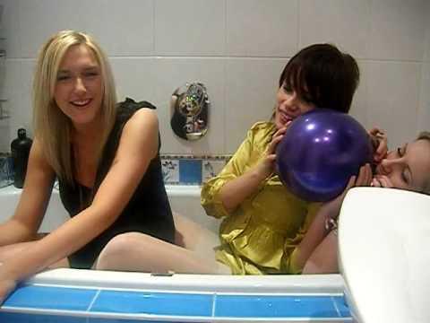 Xxx Mp4 XXX 3 Hot Babes Take A Bath 3gp Sex