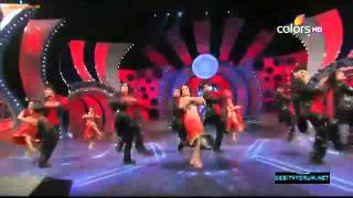 Malaika Arora Khan Dance Performance On Muni Badnam !! Umang Awads (2012)
