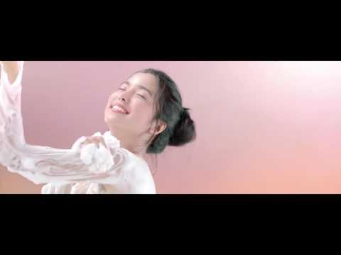 Iklan Biore Body Foam Cheerful Chocoberry - Wanginya Cheerful, Lembutkan Kulit Setiap Mandi (2017)