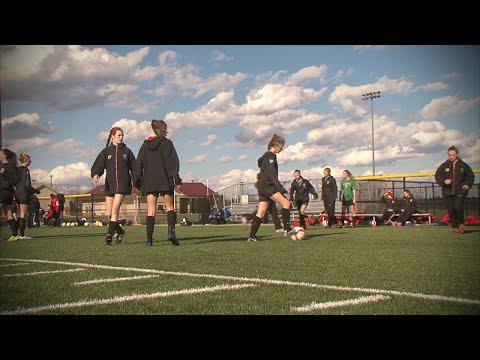Barrington vs. Neuqua Valley, Girls Soccer // 03.17.16