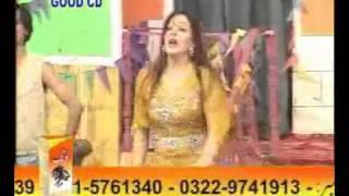 YouTube - bismillah karan Mehga mujra.flv
