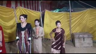 Girls Dancing in Gaji shah mela