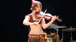 The Hot Violinist- Last of the Mohicans Clip