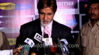 Amitabh Bacchan at premiere of film Swades in Mumbai