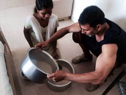 Xxx Mp4 Here 39 S How Akshay Kumar Celebrated Holi With Family 3gp Sex