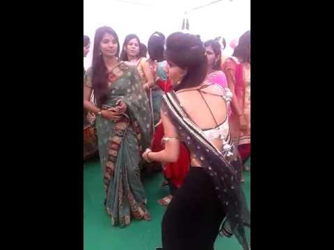 Xxx Mp4 HOT INDIAN DESHI BHABHI DANCE IN MARRIAGE FUNCTION 3gp Sex