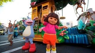 Dora Aventureira, Botas, Diego, os Mions na Parada da Universal Studios em Orlando
