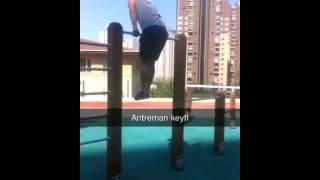 Street Workout Jump over bar