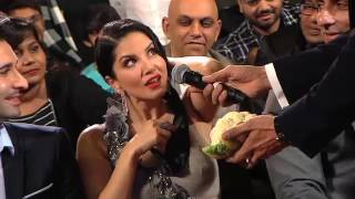 ZEE Cine Awards 2017 - Sunny Leone Quiz - ZEE Cinema