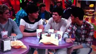 Did she said Buttersock? xD || One Direction bei iCarly || English/Englisch